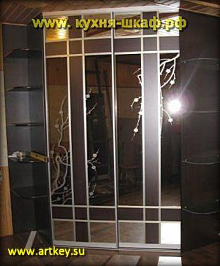 Изготовление угловой гардеробной комнаты на заказ в Петербурге и Ленинградской области