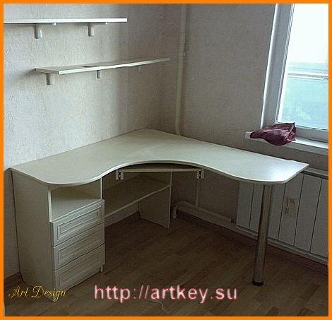 Угловой письменный стол для детей, заказать мебель по приемл.