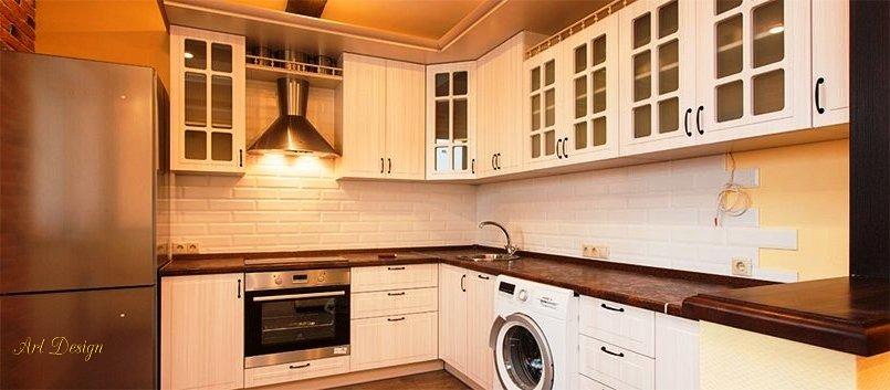 Стильное решение меблировки евродвушки кухня-гостиная углом.
